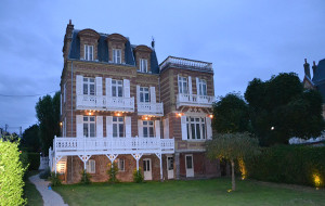 Bed and breakfast Guesthouse la Mascotte , Calvados, Villers-sur-mer, France