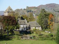 Bed and breakfast Chateau de Lescure , Cantal, Saint-martin-sous-vigouroux, France