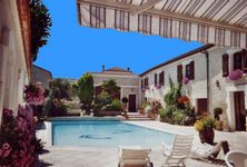 Bed and breakfast La Fontaine des Arts , Charente, Mansle, France