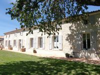 Bed and breakfast L'Ombriere , Charente_maritime, Geay, France