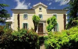Bed and breakfast Villa Bastide , Gard, Canaules-et-argentieres, France