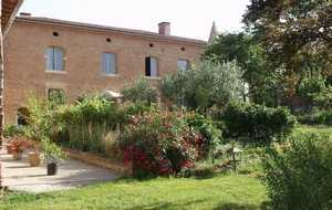 Bed and breakfast Manoir de Bouyssou , Haute_garonne, Cintegabelle, France