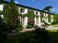 Bed and breakfast Le Mont Saint Pierre , Gironde, Aillas, France