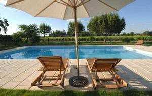 Bed and breakfast Les Vignes de Camperos , Gironde, Barsac, France
