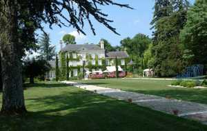 Bed and breakfast Chateau de l'Herissaudiere , Indre_et_loire, Pernay, France