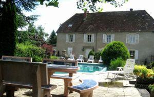 Bed and breakfast A la Thuilerie des Fontaines , Jura, Chatenois, France