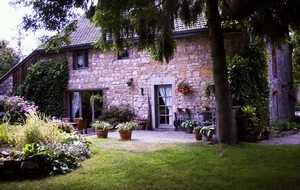 Bed and breakfast Sous le Charme , Luxembourg, Izier, Belgium