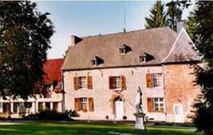 Bed and breakfast Chateautromcourt, Namur, Couvin, Belgium