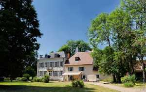 Bed and breakfast Le Petit Chateau de Vary , Nievre, Langeron, France