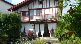 Bed and breakfast Maison Marchand , Pyrenees_atlantiques, La-bastide-clairence, France