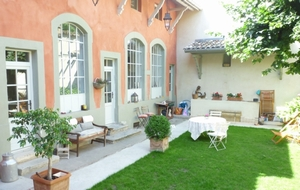 Bed and breakfast Ancienne Ecole , Rhone, Lyon, France