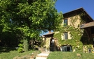 Bed and breakfast Lodges Lao , Rhone, Bully, France