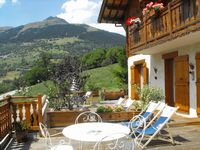 Bed and breakfast Chalet le Paradou , Savoie, La-cote-d-aime, France