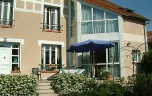 Bed and breakfast La Frenaie , Yvelines, Montesson, France