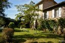 Bed and breakfast C Est Ici , Tarn, Cordes-sur-ciel, France