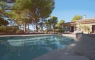 Bed and breakfast L'Elephant de Vaugines , Vaucluse, Vaugines, France