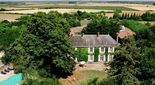 Bed and breakfast Le Chateau de l'Abbaye , Vendee, Moreilles, France