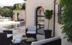 Bed and breakfast L'Olivier , Vienne, Bonneuil-matours, France