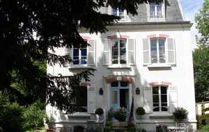 Bed and breakfast Le Clos des Princes , Hauts_de_seine, Chatenay-malabry, France