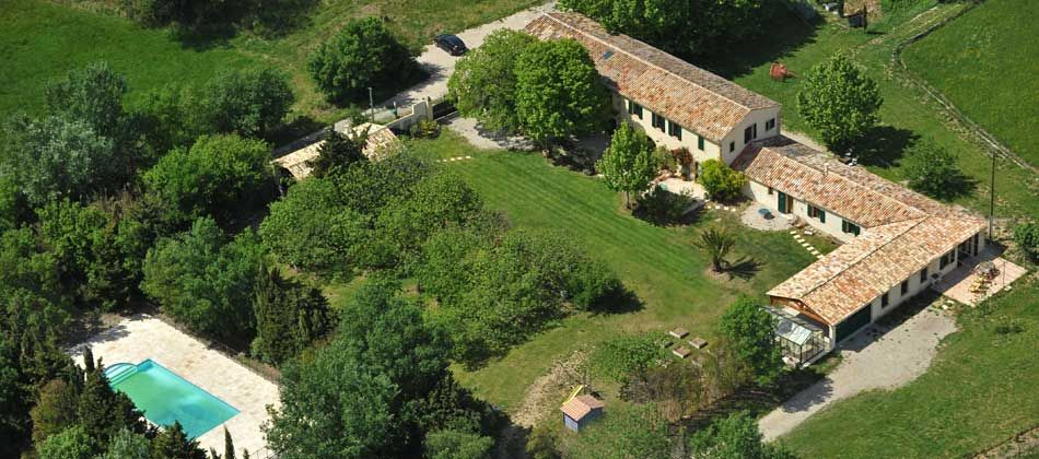 Bed and breakfast e agriturismi Domaine des Machottes , Bouches_du_rhone, Grans, Francia