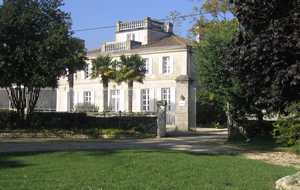 Chateau-Real Facade